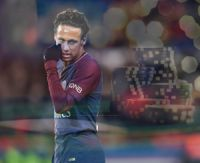 Neymar joue au poker en regardant PSG Monaco