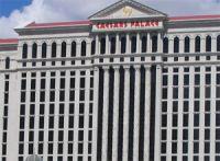 Chez Caesars, 500 joueurs de poker aident les Ressources Humaines