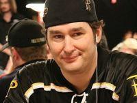 Phil Hellmuth, un bracelet WSOP en plus