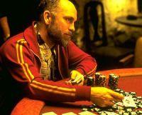Les salles de poker en ligne françaises attirent les étrangers