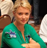 Virginie Efira de retour avec un site de poker en ligne ?
