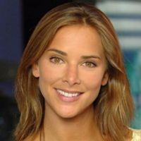 Mélissa Theuriau ou Estelle Denis pour présenter du poker sur M6 ?
