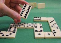 Pourquoi jouer aux dominos en ligne lorsque vous venez du poker ou d'un autre jeu d'argent ?